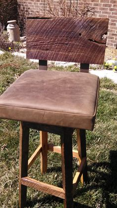 "Your Custom Rustic And Upholstered Swivel Oak Barn Wood 33""-36"" Top Bar Stool…"