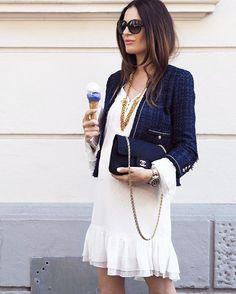 Lena Terlutter | White dress and blue Chanel blazer | #pregnant #icecreamlover