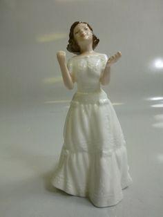 Royal Doulton Welcome Figurine HN-3764 #RoyalDoulton