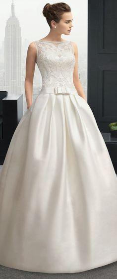 58 Ideas Bridal Gowns Sophisticated Bride Rosa Clara For 2019 Gorgeous Wedding Dress, Dream Wedding Dresses, Beautiful Gowns, Bridal Dresses, Wedding Gowns, Wedding Bride, Wedding Blog, Wedding Ideas, Beautiful Bride
