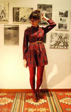 Plaid & oxfords for fall.  I think this would be a cute maternity outfit.  Maybe not since most maternity is tighter these days.