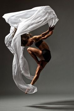 DancinPhotos: Christopher Peddecord *Day 1: gesture practice