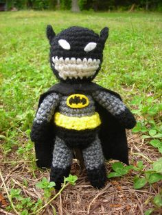 Batman amigurumi..... so.freaking.cute.