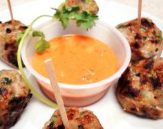 Chicken Balls In Garlic Coriander Sauce