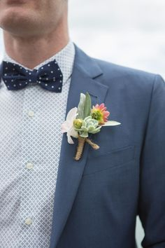 Mel + Cliff, Hilton, Auckland | Amanda Thomas Photography, wedding, buttonhole, buttonaire