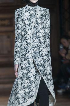 Close-up Aganovich prêt-à-porter automne-hiver 2014-2015, Paris #PFW #Fashionweek #closeup