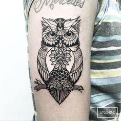 Resultado de imagen para Black & grey line owl tattoo