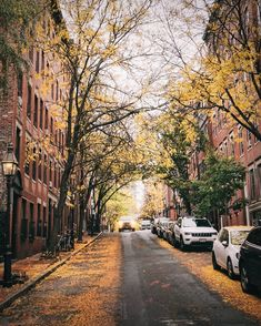 Feel Like, Like Me, Beacon Hill, In Boston, Feels, Sidewalk, Country Roads, Weather, London