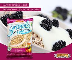 Hummm, época de amoras! Frutinha bem nutritiva. Contém 85% de água, 10% de carboidratos, com elevado conteúdo de minerais, vitaminas B e A e cálcio. Contém ácido elágico, que vem sendo estudado por suas propriedades anticancerígenas. Então a dica é iogurte, amoras frescas e Granola Light Frutas Feinkost. Café da manhã light de quem está preparando o corpo para o verão!  #Feinkost #CafédaManhã #Amora