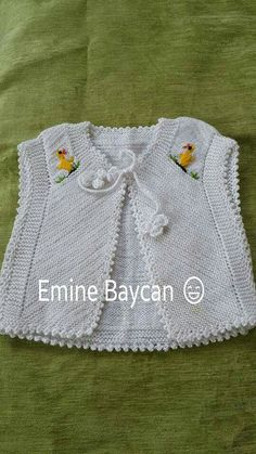 "diy_crafts- ""Another of those simply beautiful vests - help required to deconstruct from picture"", ""This post was discovered by Ned"", ""So Knitting For Kids, Baby Knitting Patterns, Knitting Designs, Baby Patterns, Baby Vest, Baby Cardigan, Crochet Baby, Knit Crochet, Knitted Baby Clothes"