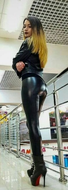 Nylons, Latex, Black Leather Pants, Girls Leggings, Skin Tight, Sexy Outfits, Sexy Women, Clothes For Women, Black Widow