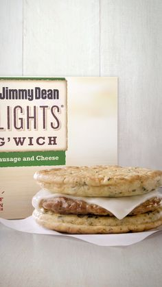 Get a protein-packed start to your day with a Jimmy Dean® Delights Breadless Egg'wich—we got rid of the bread and replaced it with two delicious egg frittatas. All You Need Is, Real Food Recipes, Cooking Recipes, Scd Recipes, Keto Salad Dressing, Perfect Mashed Potatoes, Frozen Breakfast, Keto Pumpkin Pie, Wood Stove Cooking