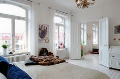 Large windows + french doors = room to breathe