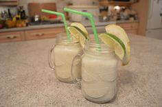 Looking for a tasty, #healthy & #tropical pick-me-up? Try blending up some #Coconut #Guava #Smoothies ! * Subscribe to Cooking With Kimberly: http://cookingwithkimberly.com @CookingWithKimE #cwk