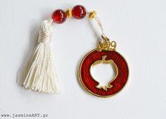 Γούρι Ρόδι Περίγραμμα 2019  Γούρι ρόδι περίγραμμα με σμάλτο και φούντα.  Τιμή:  4.00€ Tassel Necklace, Drop Earrings, Jewelry, Jewlery, Jewerly, Schmuck, Drop Earring, Jewels, Jewelery