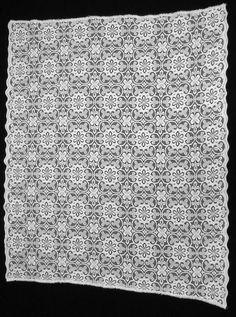 Vintage Cotton Lace Valance Scalloped Edge by VintageHomeStories #Vintage #Curtain #Lace #White #Valance #Window  #Home #Decor  #VintageHomeStories