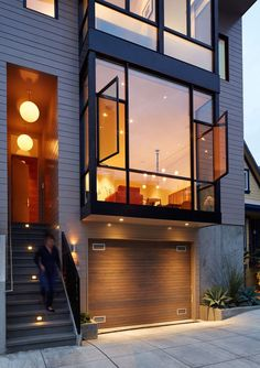 Gorgeous Interior of Three Level Contemporary San Francisco House in Architecture & Interior design - Home Decor Ideas Contemporary Windows, Contemporary Interior Design, Modern House Design, Contemporary Apartment, Modern Window Design, Contemporary Architecture, Contemporary Curtains, Modern Windows, Contemporary Wallpaper