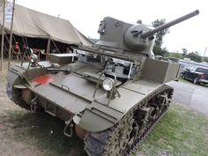 Absolutely Beautiful Restored WW2 M3A1 Stuart Light Tank