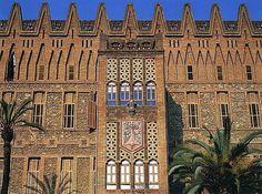 Otras realizaciones / Arquitectura / Colegio de las Teresianas-1888-1890 - Barcelona - A.Gaudi