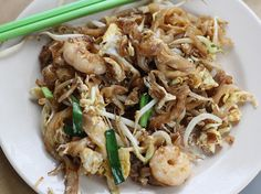 <b>Where to find amazing street food in Penang.</b> (Short answer: everywhere.)