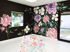 Ideas For Wall Paper Flowers Pink Wall Murals Wall Murals Bedroom, Bedroom Decor, Wall Decor, Flower Mural, Flower Wall, Mural Art, Wall Art, Graffiti, Wall Drawing