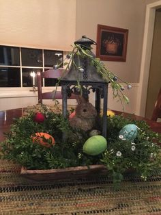 50 Cheap & Easy DIY Easter Decorations Which Are Eggs-tremely Special - Glam Vapours Easter Table Decorations, Easter Centerpiece, Centerpiece Ideas, Table Centerpieces, Sisal, Advent, Easter Egg Crafts, Easter Eggs, Lanterns Decor