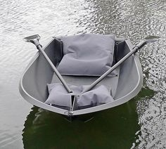 The boat that fits in your backpack: rowing vessel can be assembled in just TWO MINUTES