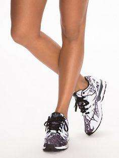 low priced 3f039 3f122 Adidas Originals - Kvinna - Online