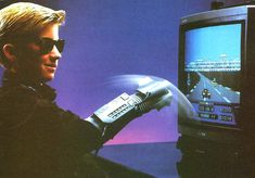 I love the power glove, it's so bad. | #80s