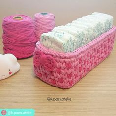 21 Ideas crochet basket oval libraries for 2019 Crochet Storage, Crochet Box, Crochet Basket Pattern, Love Crochet, Crochet Gifts, Crochet Yarn, Crochet Patterns, Crochet Baskets, Crochet Accessories