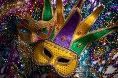 Today is Mardi Gras or Fat Tuesday . Mardi Gras or Carnivale , whatever you call it, is a great setting for Murder! Mardi Gras Beads, Mardi Gras Party, 40th Birthday Party Themes, Teen Birthday, 13th Birthday, New Orleans Mardi Gras, Mardi Gras Costumes, Purple Backgrounds, Halloween