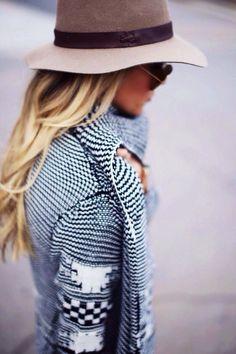 Hut tut gut! Eine elegante Kopfbedeckung macht jedes Outfit zum besonderen Hingucker und schützt ganz nebenbei vor eisigen Winden.