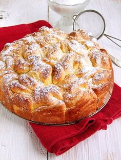 Buttery yeast dough Roses (in Polish) Polish Desserts, Polish Recipes, Polish Food, Bread Recipes, Baking Recipes, Dessert Recipes, Hungarian Recipes, Bread And Pastries, Something Sweet
