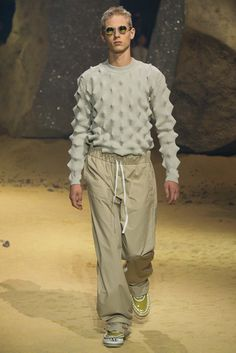 Interesting texture/ construction | Kenzo Spring 2016 Menswear - Collection - Gallery - Style.com
