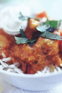 Try this quick and easy Chicken Tikka Masala recipe made with Quorn Meat Free Chicken Pieces. Click here to get more tasty meal ideas from Quorn.