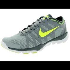 05f664bc2a21 Nike Flex Supreme TR 3 Women Shoes size 11 gray Nike Flex Supreme TR 3 Women