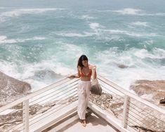 Bronte Baths Sydney - Perfect Swimming Pool By The Ocean Beautiful Ocean, Beautiful Sunrise, Bondi Icebergs, Bronte Beach, Ocean Horizon, Sydney Beaches, Take The Stairs, Rock Pools, New South