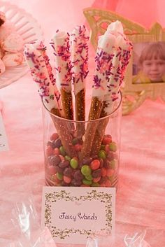 fairy wands.... @Terri David Hurt. This looks like something the girls would love!