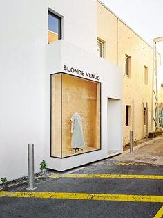 We chat to richards & spence, brisbane-based architecture studio re Shop Interior Design, Retail Design, Store Design, Facade Design, Exterior Design, Retail Facade, Decoration Vitrine, Hotel Restaurant, Shop House Plans