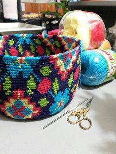 """Canto do Pano Artesanato: Começando mais uma bolsa no estilo Wayuu, tem vídeo explicando o """"pulo do gato"""""""