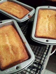 Kelly the Culinarian: Stand Mixer Sunday: Greek Yogurt Pound Cake Recipe