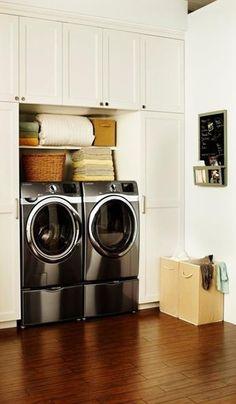 El mejor trato para la ropa de tu princesa, se lo da la tecnología #Wobble de nuestras lavadoras. ;) #Samsung