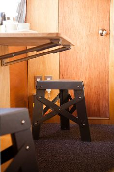 We selected Shigeki Fujishiro design paper stool - Eiffel