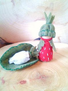 Strawberry Mama and Baby  - Waldorf Gnomes by sugarplumhollow on Etsy https://www.etsy.com/uk/listing/126207806/strawberry-mama-and-baby-waldorf-gnomes