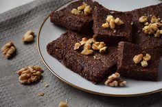Simple No-Bake Vegan Brownies