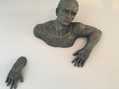 1 DAY OR SAME DAY SHIPPING ON ALL ORDERS ON WEEK DAYS!!  This listing is for 1 piece of sculpture of a man 3D art home decor in Bronze colour Made of Resin.  We are located in Montreal and ship anywhere worldwide.  All orders to the are shipped with priority mail with a tracking number and insurance.  Art home decor sculpture dimensions are approx 15H.  This is an AMAZING AND UNIQUE piece of art.  *Be aware of paying more by buying the same items from other seller. We are proudly painting…
