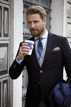 Gentleman style 302515299945622120 - Style Gentleman's Essentials Source by Viajar_ComeryRezar Style Gentleman, Gentleman Mode, Gentleman Fashion, Sharp Dressed Man, Well Dressed Men, Fashion Mode, Mens Fashion, Fashion Menswear, Style Fashion