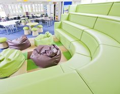 Modular and mobile tiered seating- Base Point