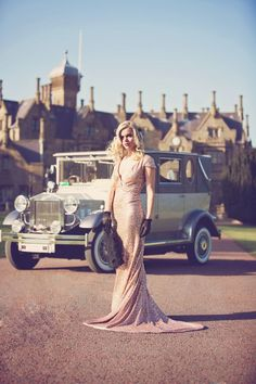 Gold sequin wedding dress gatsby glamour. Love the backdrop. Would be fun to take pictures at. #GatsbyWedding #Glamour #Wedding