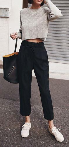 Pantaloni da Jogging in Pile Capri Athletic-Pants Donna French Terry Essentials